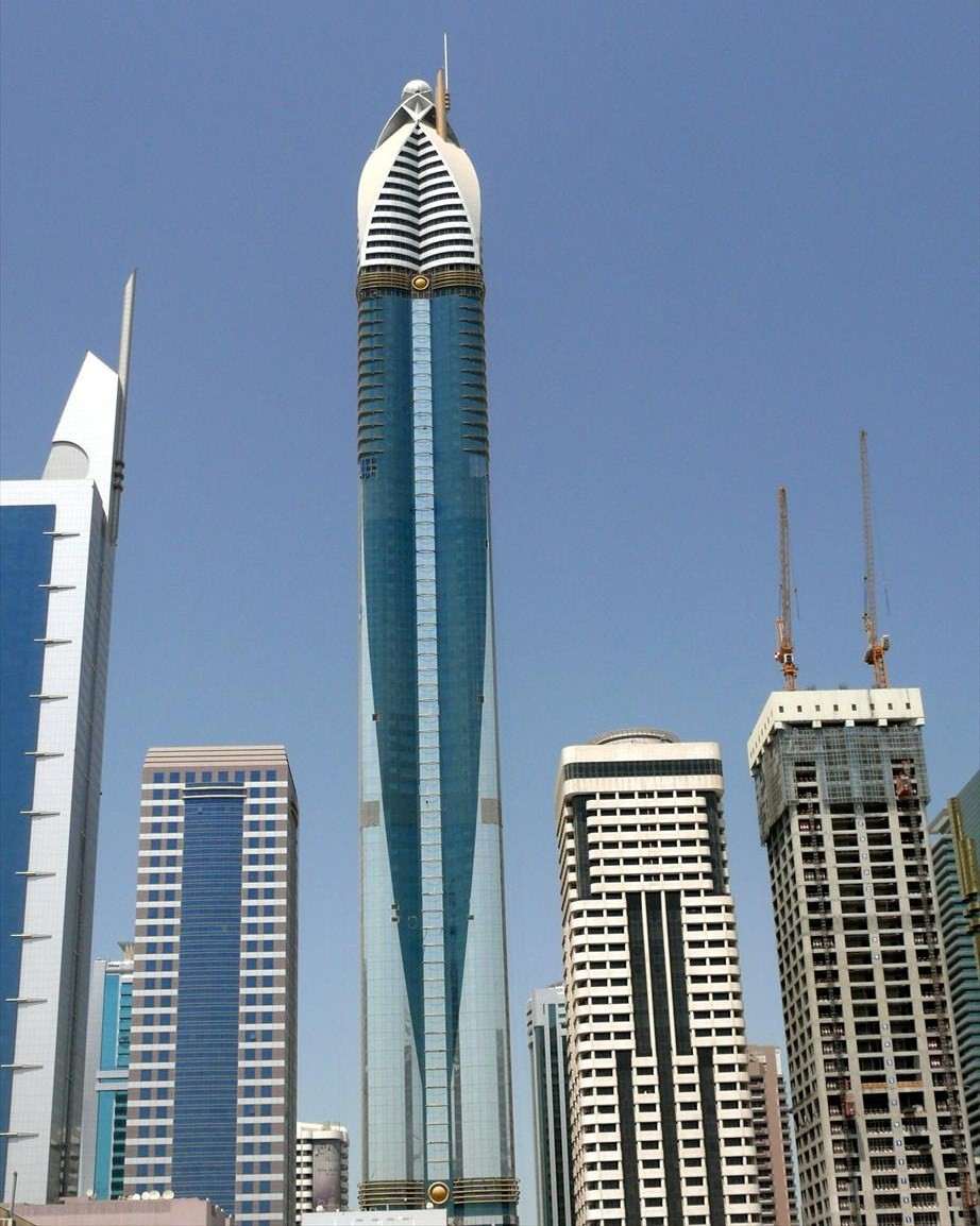 World s tallest hotel opens in dubai for Tallest hotel in the world