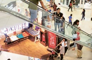 Image Credit: Arshad Ali/Gulf News Archive Shoppers at Deira City Centre. Market sources feel there has been a partial firming up of retail rentals in Dubai over the last two quarters.
